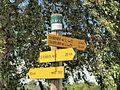 Sully-sur-Loire-FR-45-panneaux GR-a1.jpg