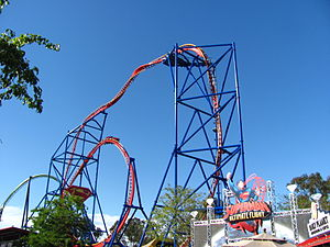 Superman: Ultimate Flight (Six Flags Discovery Kingdom) - Image: Superman Ultimate Flight at Six Flags Discovery Kingdom (14156245159) (2)