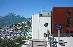 Grenoble-Bastille cable car - Image: Téléphérique de Grenoble 2