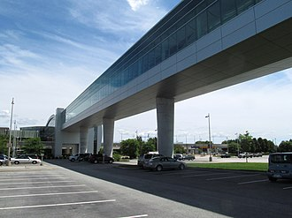 T. F. Green Airport station - Interlink skyway as seen from an airport parking lot