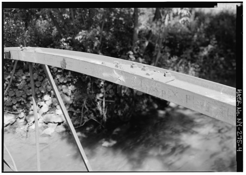 File:TOP CHORD DETAIL, SOUTHWEST SIDE OF TRUSS PANEL. - Burdick Avenue Bridge, Spanning Cowaselon Creek at Burdick Avenue, Lenox, Madison County, NY HAER NY,27-LENOX,1-4.tif