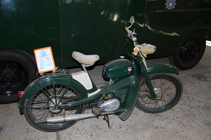 File:Technikmuseum Stade, 184.jpg