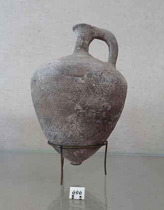 Tell el-Yahudiyeh Ware - Tell el-Yahudiyeh Ware juglet. Rockefeller Museum Israel