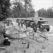 The British Army in Normandy 1944 B7026.jpg