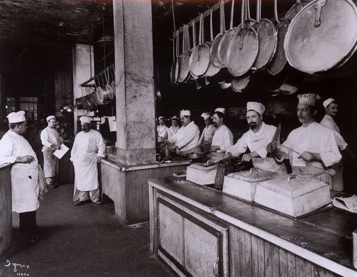 The Kitchen at Delmonico%27s, 1902