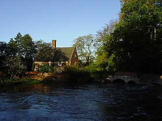 Lyng, Norfolk - Image: The River Wensum at Lyng geograph.org.uk 102690