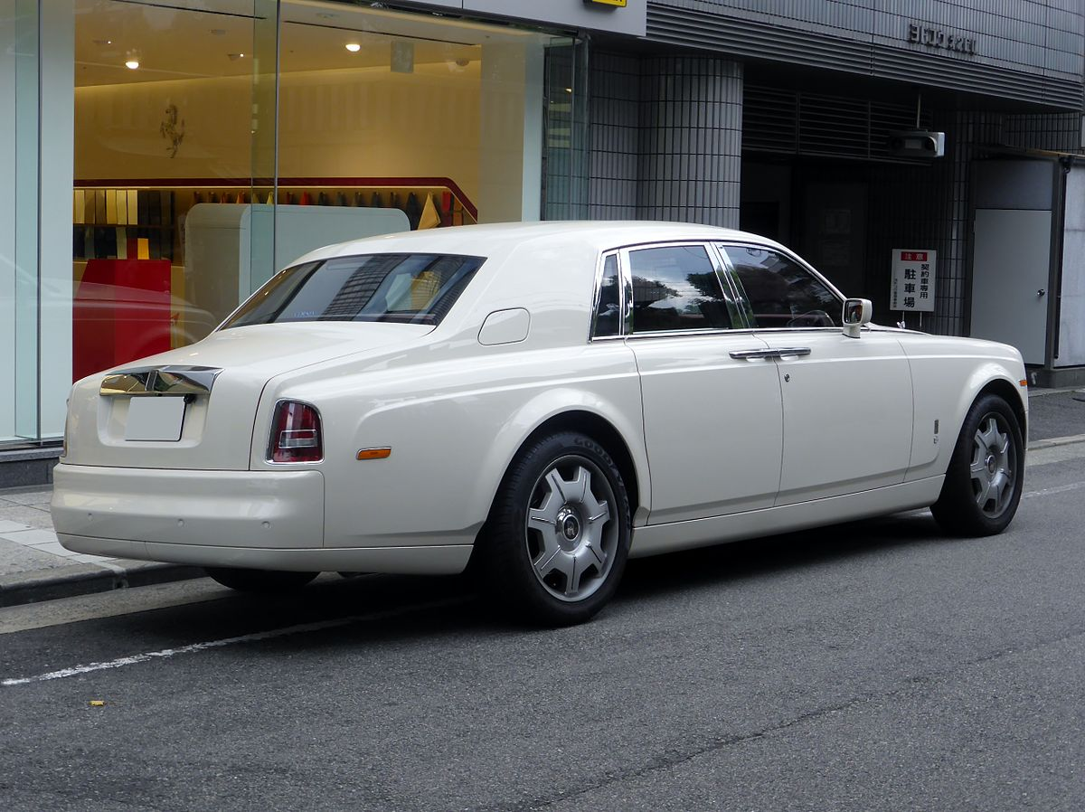 rolls royce phantom 2003. Black Bedroom Furniture Sets. Home Design Ideas