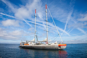 The schooner TARA (Port Lay, Île de Groix, 2009).jpg