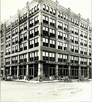 Kuppenheimer - Kuppenheimer store in Chicago in 1900