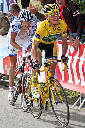 Thomas Voeckler - Voeckler in the yellow jersey at the 2011 Tour de France