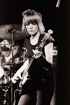 Talking Heads - Tina Weymouth on bass in Minneapolis in 1978