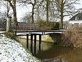 Toegangsbrug westelijk eiland Huis 't Velde, Warnsveld (rijksmonumentnr. 526691).JPG
