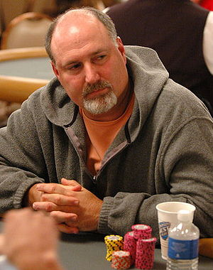 Tom Schneider - Schneider at the 2006 World Series of Poker $1,500 Limit Hold'em Shootout.