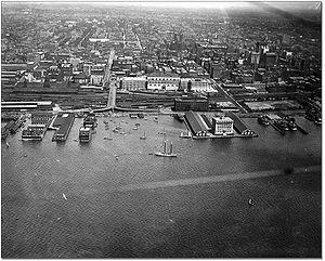 Dominion Public Building - Image: Toronto Harbour, 1919