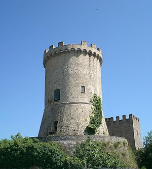 Castelnuovo Cilento - The tower of Castelnuovo