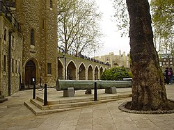 Tower of London interior.jpg