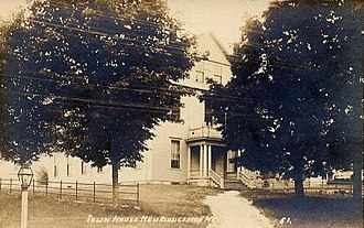 New Gloucester, Maine - Image: Town House, New Gloucester, ME