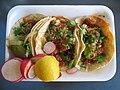 Tres tacos.jpg