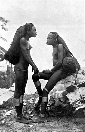 Ngbandi people - Ngbandi girls, central Africa, 1905