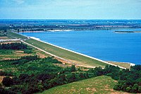 USACE Carlyle Lake and Dam.jpg
