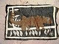 Un tableau en bogolan avec un Caméléon (5912854422).jpg