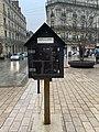 Une boîte à livres, place Darcy (Dijon) en février 2021.jpg