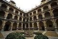 Universidad de Alcalá - Colegio de San Ildefonso claustro.jpg