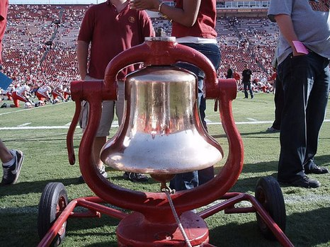 USC in possession of the Victory Bell. Uscvictorybell.jpg