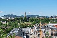Vålerenga park og Vålerenga kirke sett fra Ekeberg.JPG