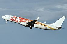 VH-VUZ Gold Coast Suns Logo-jet Boeing 737-8FE Virgin Blue (Virgin Australia) (6214215970).jpg
