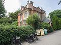 Victorian lodge (14867701541).jpg