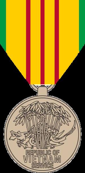 Vietnam Service Medal - Image: Vietnam Service Medal, obverse