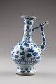 Vinkanna i orientalisk stil producerad för den persiska marknaden, gjord i Kina på 1620-talet - Hallwylska museet - 95601.tif