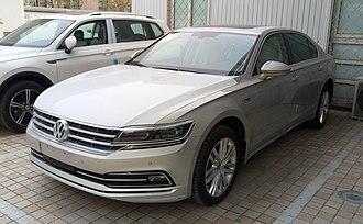 Volkswagen Phideon - Image: Volkswagen Phideon 02 China 2017 03 30