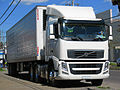 Volvo FH 420 i-Shift 2012 (11973856803).jpg