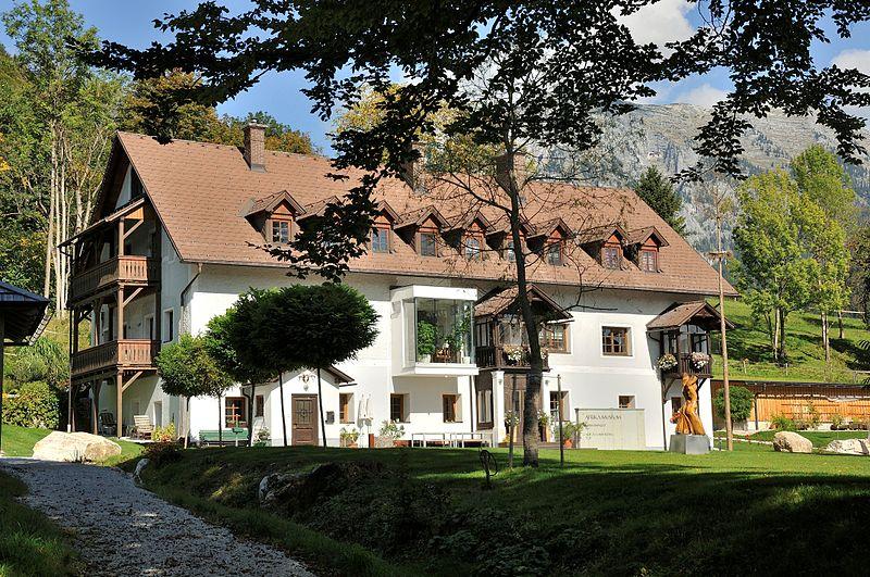 Datei:Weißenbach bei Liezen Wissmanngut.JPG
