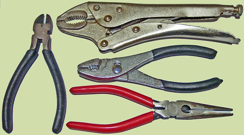 File:Work shop clamps.JPG