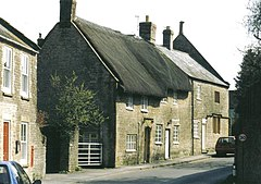 Yetminster High Street in 2001.jpg