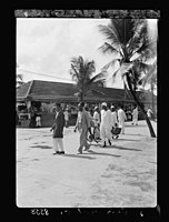 Zanzibar. Street scene in the open market LOC matpc.17670.jpg