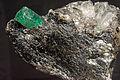 Émeraude, phlogopite, quartz 7100.0127.jpg
