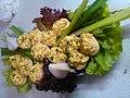 Полнети јајца со сирење и сенф.jpg