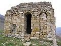Разрушенное строение Сентинского храма.JPG