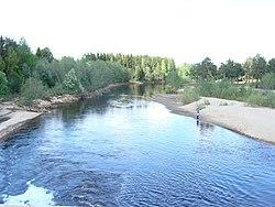 Река Лименда. Вид с моста на дороге Котлас-Коряжма.JPG