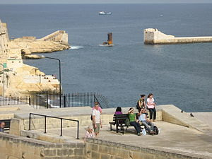 Decima Flottiglia MAS - The remains of Saint Elmo Bridge in Valletta, which was destroyed in the attack of 26 July 1941