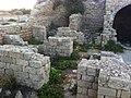 מראה צד תנורי בישול שרידי מצודת אשדוד.JPG