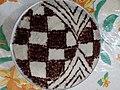 رنگینک تزیین شده با پودر شکر و دارچین.jpg