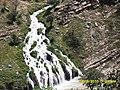 کانی سپی نزیک گوندی چۆمبارۆک. دۆلی روستێ - panoramio.jpg