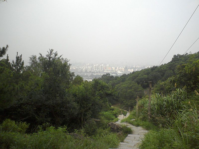 File:下白云洞 - Descending from White Cloud Cave - 2010.08 - panoramio.jpg