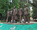 五大书记 statue of the five leaders - panoramio.jpg