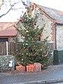 -2019-12-04 Village Christmas Tree, Mundesley (2).JPG
